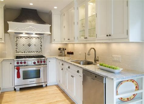 kitchen backsplash ideas with cream cabinets small kitchen layout white kitchen cabinets cream