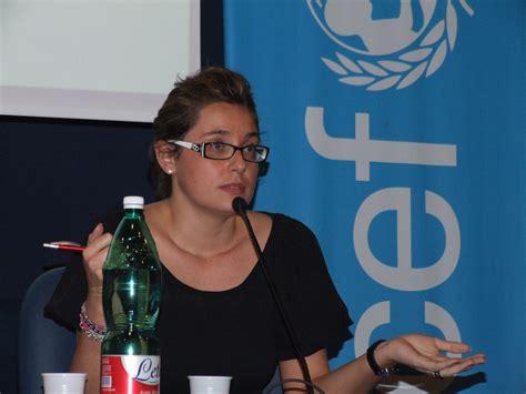 tema sull alimentazione scorretta difendiamo i bambini 2013 torna il forum itinerante