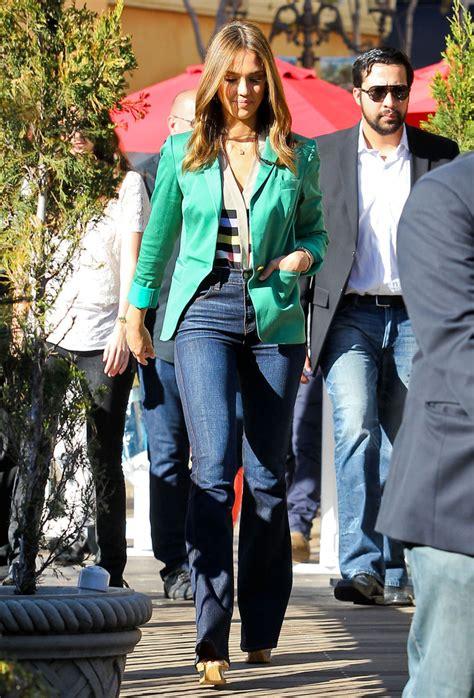 jessica alba flare jeans jessica alba flare jeans jessica alba clothes lookbook