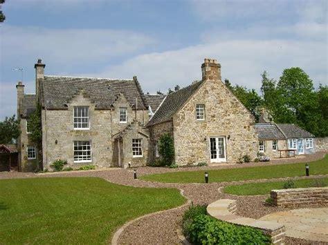 cottage near edinburgh georgian wintonhill farmhouse near edinburgh sleeps up to