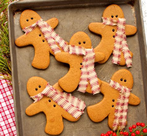 gingerbread cookie decorating ideas gingerbread cookies as decorations the bearfoot baker