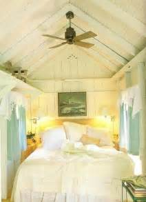 Comfy cottage style bedroom ideas 6