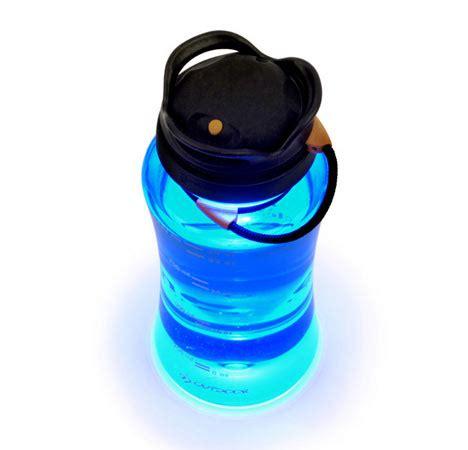 designboom water bottle turning a water bottle into a lantern core77