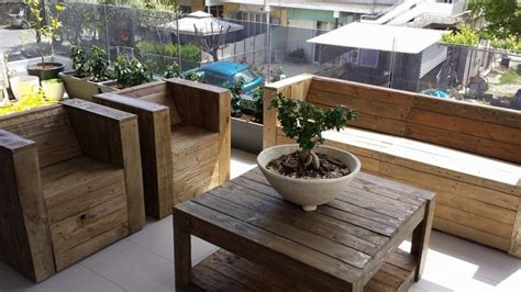 Upcycled Kitchen Ideas pallet wood made balcony furniture pallet ideas