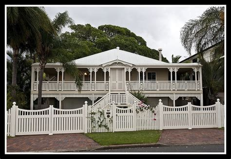 queenslander at woody point houses i