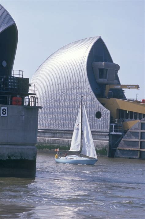 thames barrier facts thames barrier information centre images londontown com