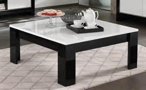 table basse carr 233 e design laqu 233 e blanc noir savana