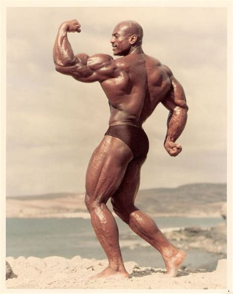 top 10 hottest female bodybuilders all time glitzyworld top 10 biggest arms of all time who has the biggest arms