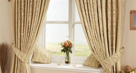 tende con anelli incorporati free tende per sala da pranzo classica free doppia tenda e