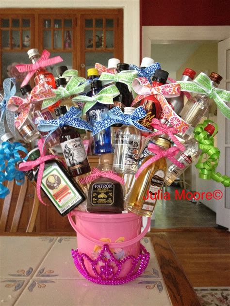 Alkohol Geschenke Basteln by 1000 Ideas About Liquor Bouquet On 21