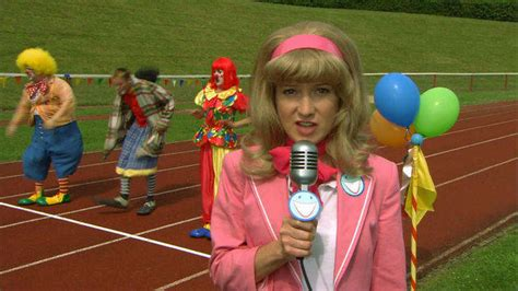 clown race disney video