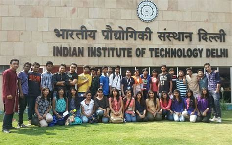 Technical Mba Colleges In India by List Of Top Textile Universities In India Textile