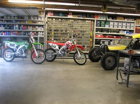 Dirt Bike Garage by Post A Pic Of Your Garage Setup Page 19 Dirt Bike