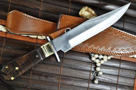handmade bowie knives uk handmade huting knife bowie knife 440c steel walnut