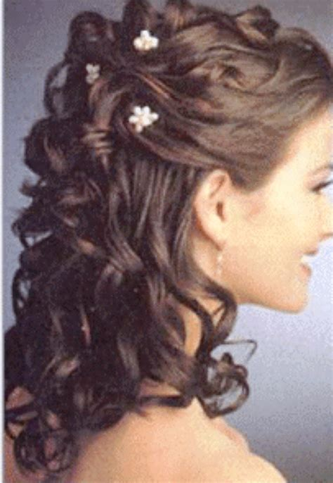 Wedding Hairstyles Half Up Pictures by Wedding Hairstyles Half Up Half With Tiara Www