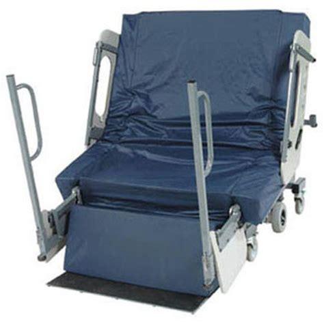 bariatric hospital bed burkebariatric beds triflex barifloat mattress hospital