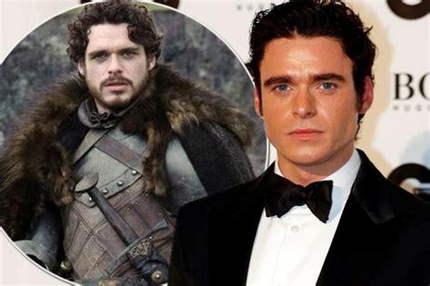 bodyguard actor game of thrones bodyguard star richard madden slams game of thrones for