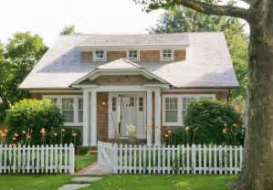 cute little hamptons cottage cute amp co