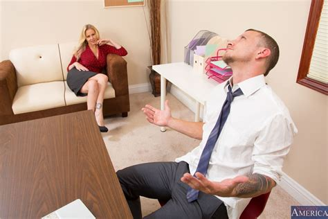 hot Milf Julia Ann Fucks In Her Sexy Red Top At The Office Pichunter