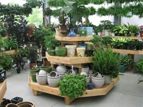 garden centre display benches 218 best images about staging ideas on pinterest gardens
