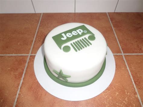 jeep cupcake cake the 25 best jeep cake ideas on pinterest house cake