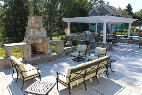 outdoor living spaces sponzilli landscape group
