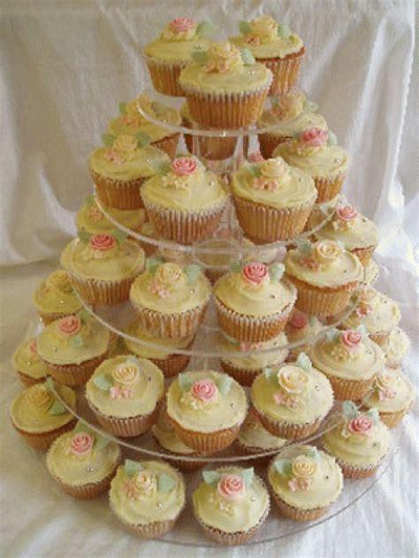 Kaos Cupcake 2 wedding cakes kaos