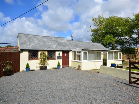 1 Bedroom Cottage Cornwall by 1 Bedroom Cottage In Holsworthy Friendly Cottage In