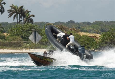 speed boat in quantum of solace the official james bond 007 website focus of the week