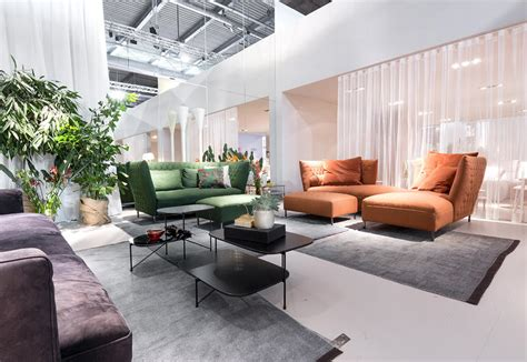 Trendy Armchairs Armchairs And Sofas 2017 2018 Models And Trends Elle