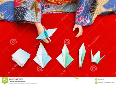 Origami Lessons - origami lesson royalty free stock images image 13441339
