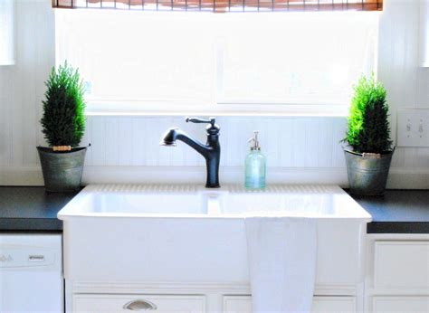 white kitchen sink faucets best white kitchen sink faucets images home decorating