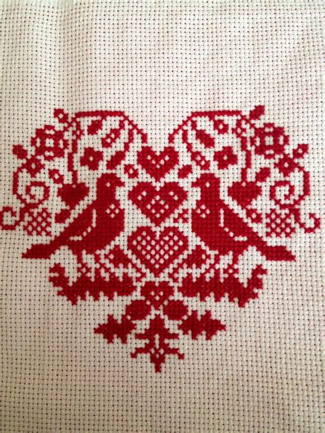 heart pattern for cross stitch pin by adrianne moreno on crafts pinterest