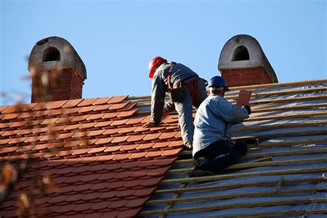 How To Install Shingles On A Hip Roof About Roofing Contractor Jobs Roofers
