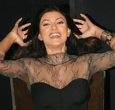sushmita sen tattoo images sushmita sen tattoo photos pics pictures of her tattoos