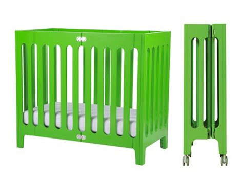 ethan mini crib pantone color of 2013 emerald in children s design