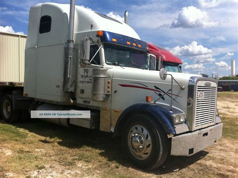 Semi Truck Condo Sleeper by 2000 Freightliner Classic Xl Condo
