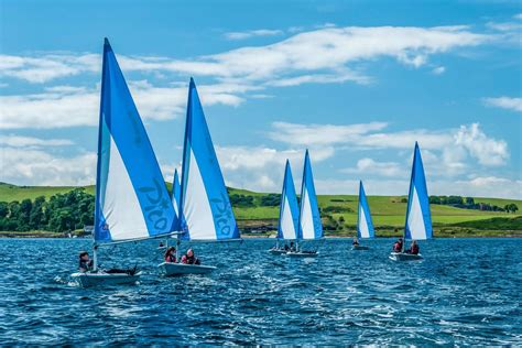 dinghy boat hire perth sailing in scotland holidays boat hire visitscotland