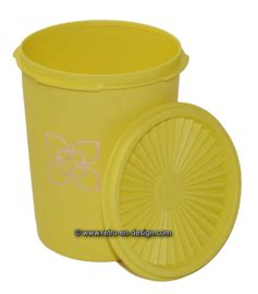 Teaz Me Glass 2 Tupperware tupperware canister with servalier lid recently sold retro design 2nd collectibles