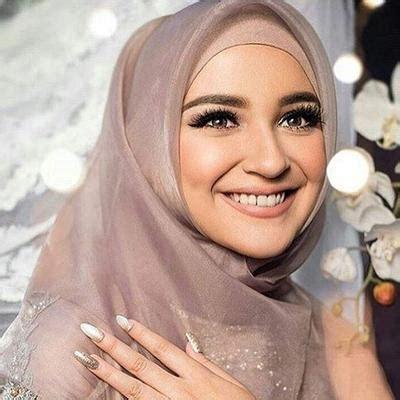 tutorial jilbab kebaya pesta tutorial dan tips pakai hijab segiempat organza untuk ke