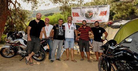motosiklet tutkunlari karsiyakada bulustu
