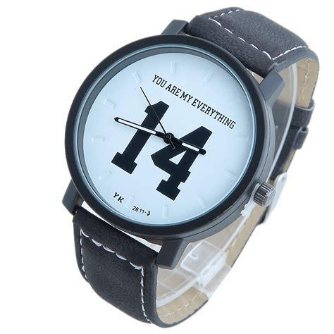 Jam Tangan Sport Analog jam tangan sporty analog kulit white