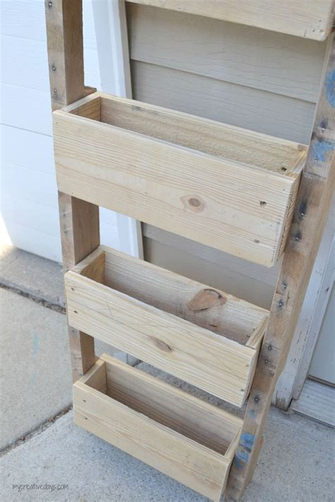 Made From Pallets hometalk wall organizer made from pallets