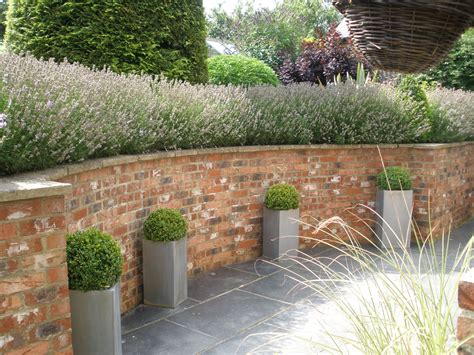 Tingewick Curved Retaining Wall Landscaping And Wall Garden Design