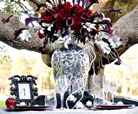 Twilight Themed Wedding Ideas   POPSUGAR Home