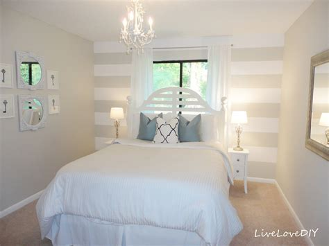 bedroom wallpaper stripes livelovediy diy striped wall guest bedroom makeover