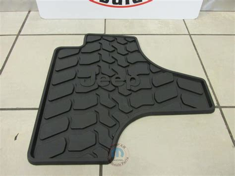 Floor Mats For Jeep Liberty by Jeep Liberty 2011 2012 Slush Style Floor Mats Slate