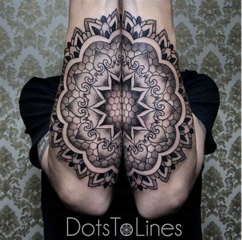 25 symmetrically satisfying connecting tattoo designs