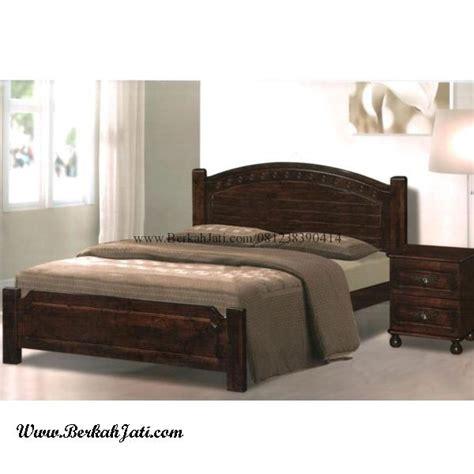 Ranjang Kayu Minimalis dipan minimalis kayu motif simple berkah jati furniture