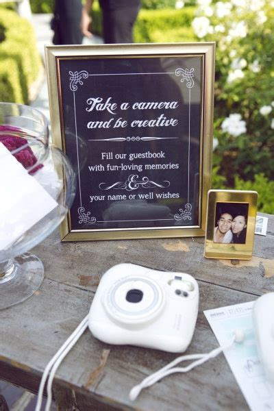 Strike A Pose! {Amazing Photo Guestbook Ideas for a